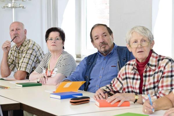 Seniorok Nyelviskolája